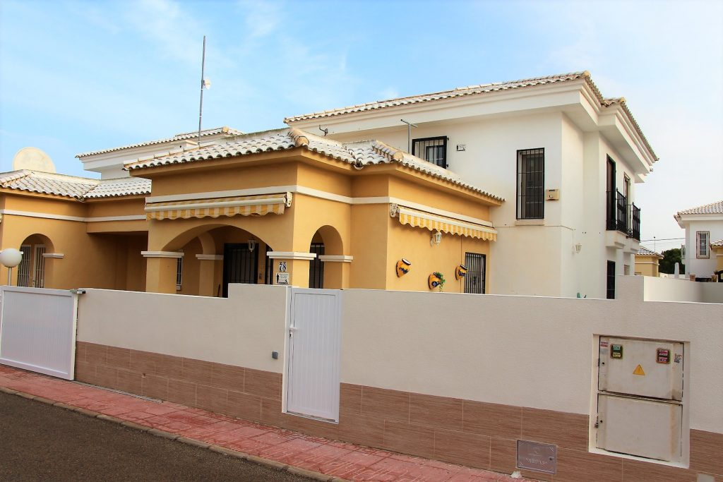 South Facing House for sale in Da Vinci, Torrevieja