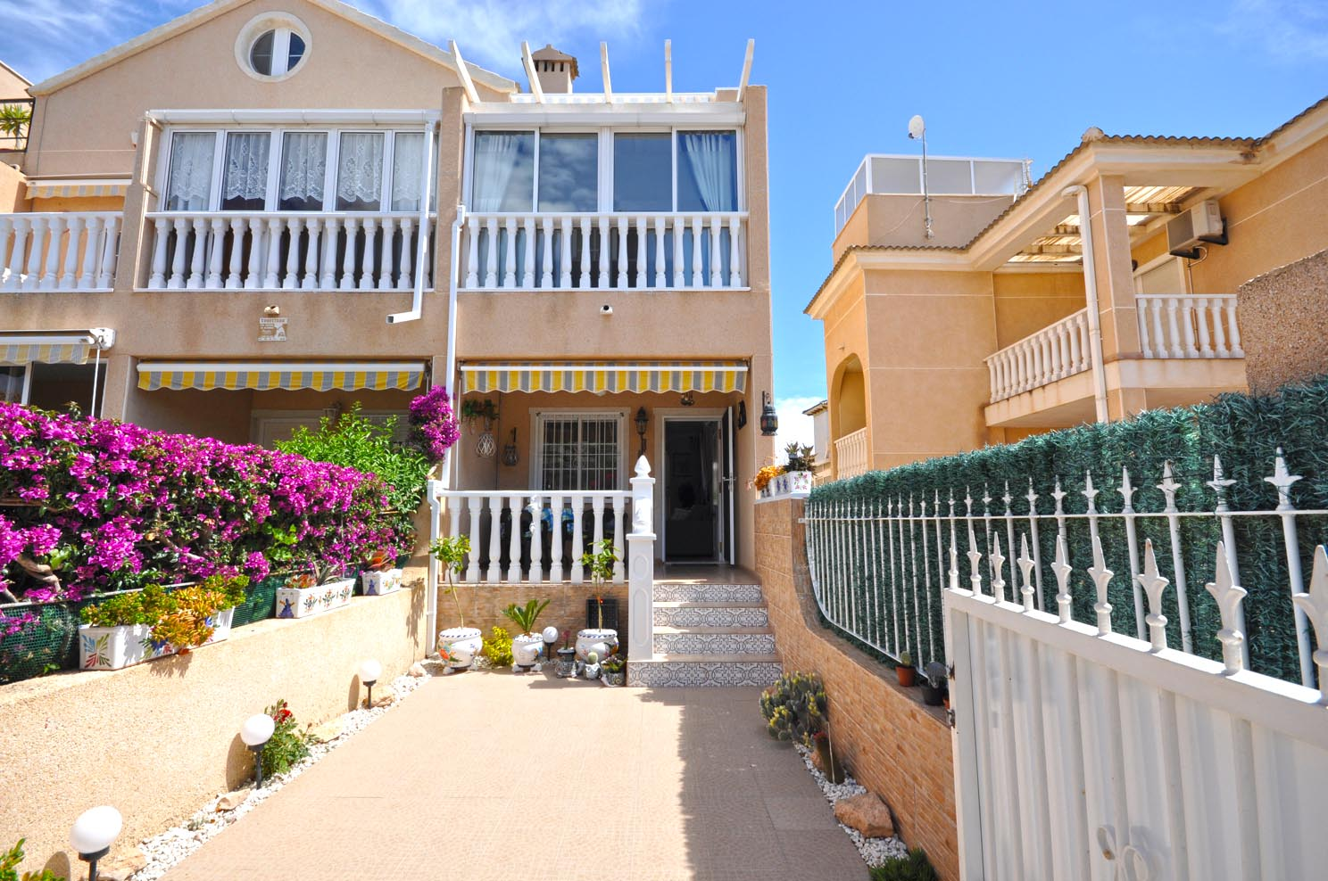 South Facing Townhouse for sale in La Zenia, Orihuela Costa