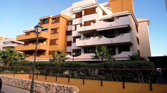 Apartment for sale in Gated Luxury Urbanisation, Punta Prima