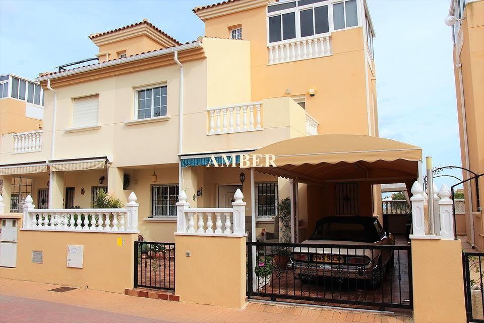 Semi Detached Villa for sale in El Coral 2