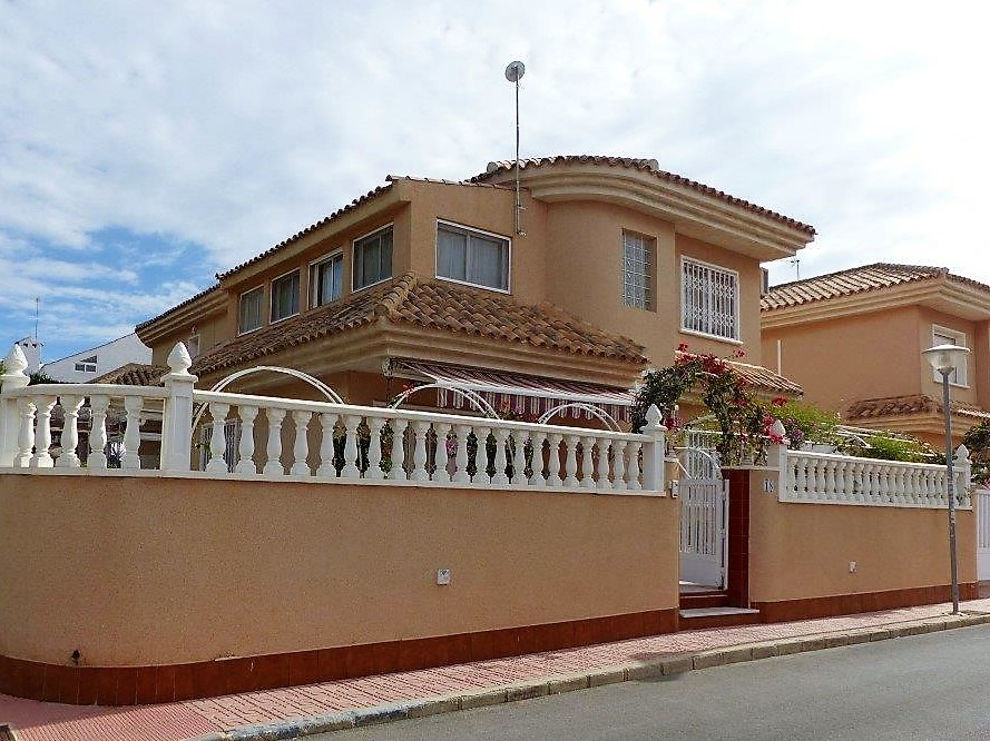 Detached Villa for sale in Los Altos, Torrevieja