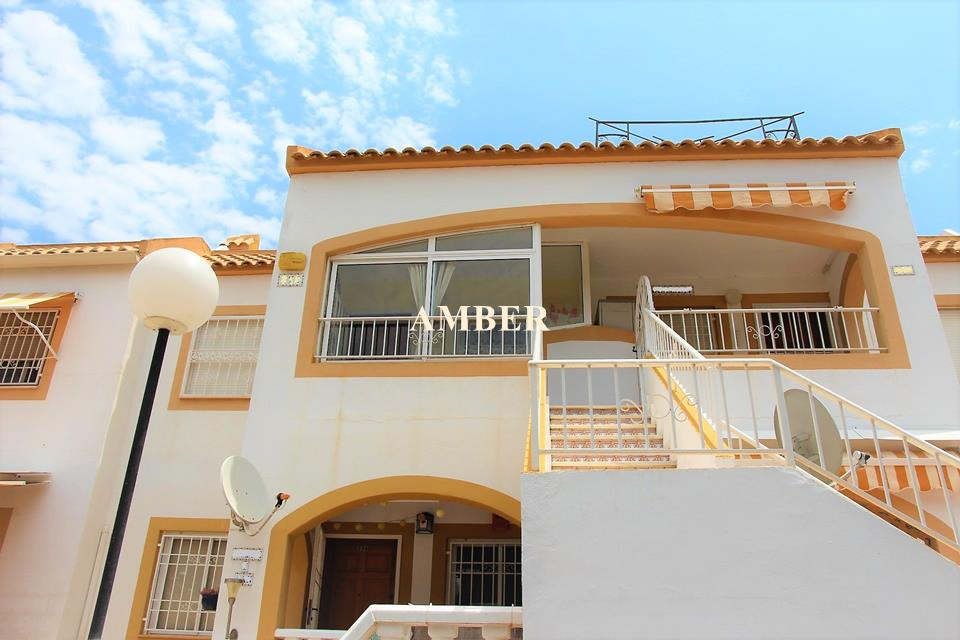 Top Floor Bungalow for sale in Altos del Limonar