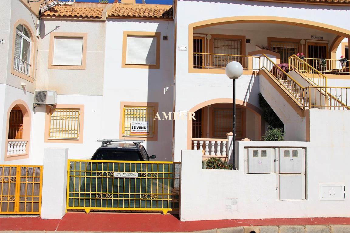 Ground Floor Bungalow for sale Altos del Limonar, Torrevieja