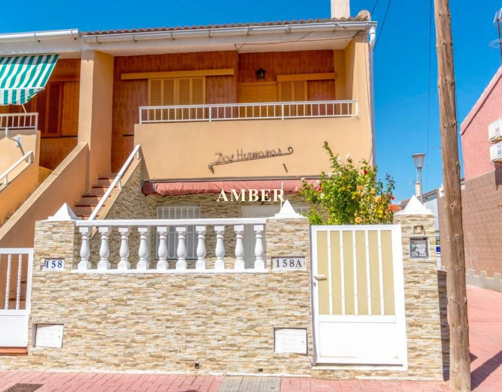 Top Floor Bungalow for sale in Torrevieja, Alicante