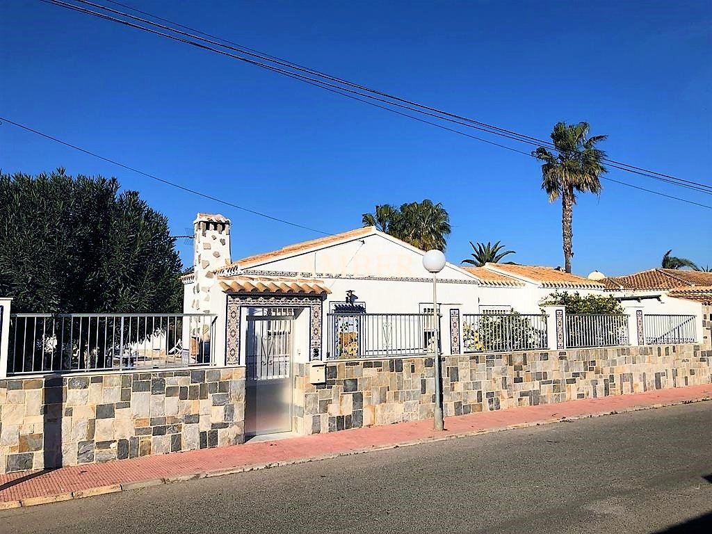 Detached Villa in Torreta Florida, Torrevieja