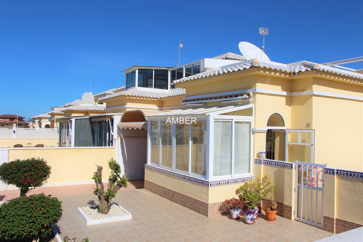 Смежный дом Да Винчи на продажу в Torrevieja