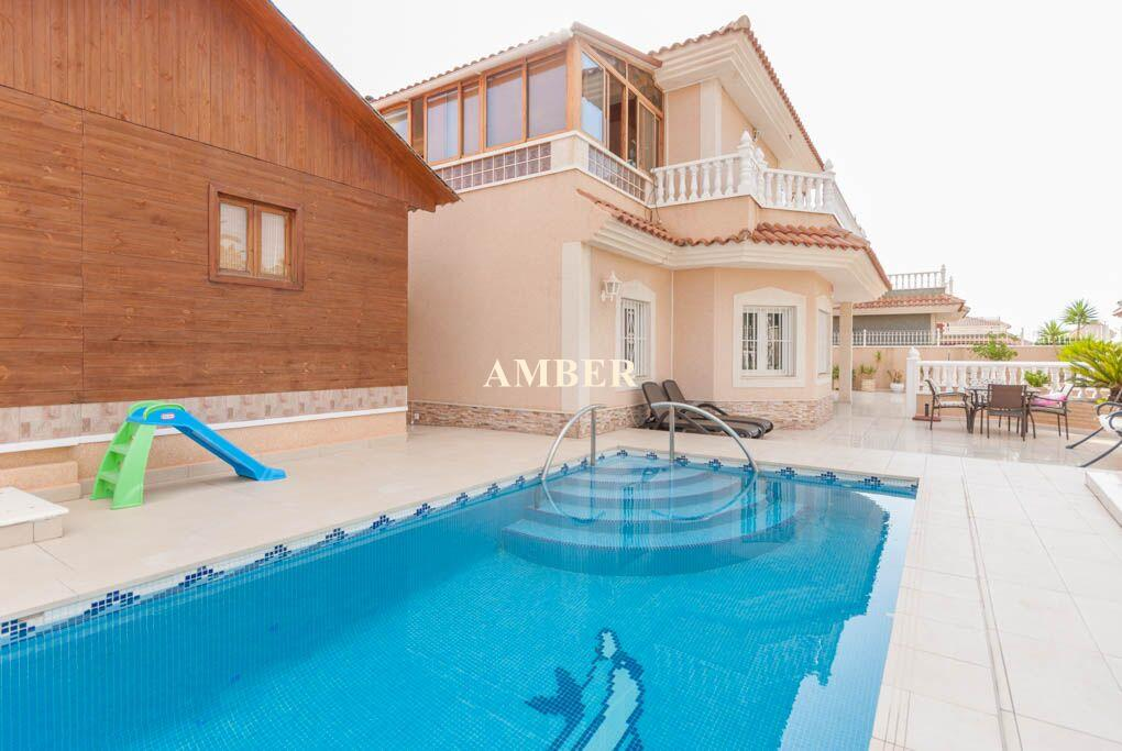 Detached Villa in Los Altos, Torrevieja