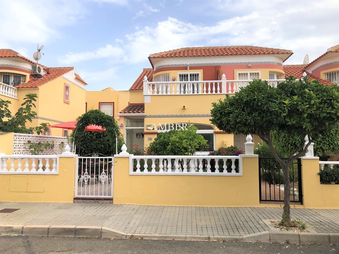 Nice corner house for sale, Macarena III, Torrevieja