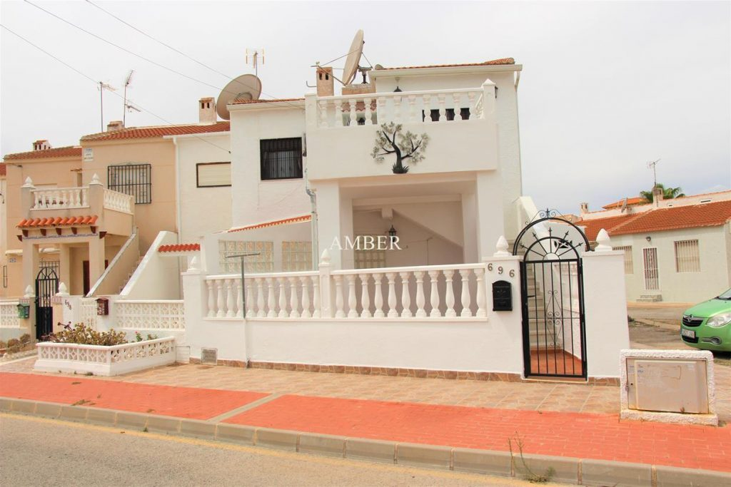 Top Floor Bungalow Torreta 3