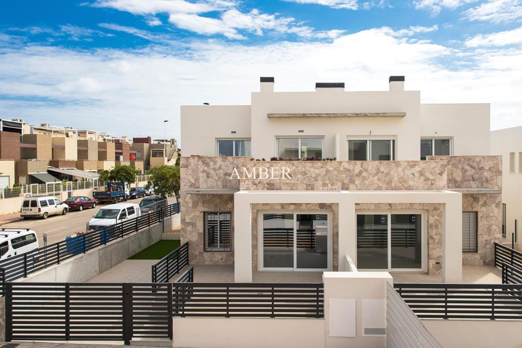 Down or upstairs bungalows for sale in Aguas Nuevas, Torrevieja