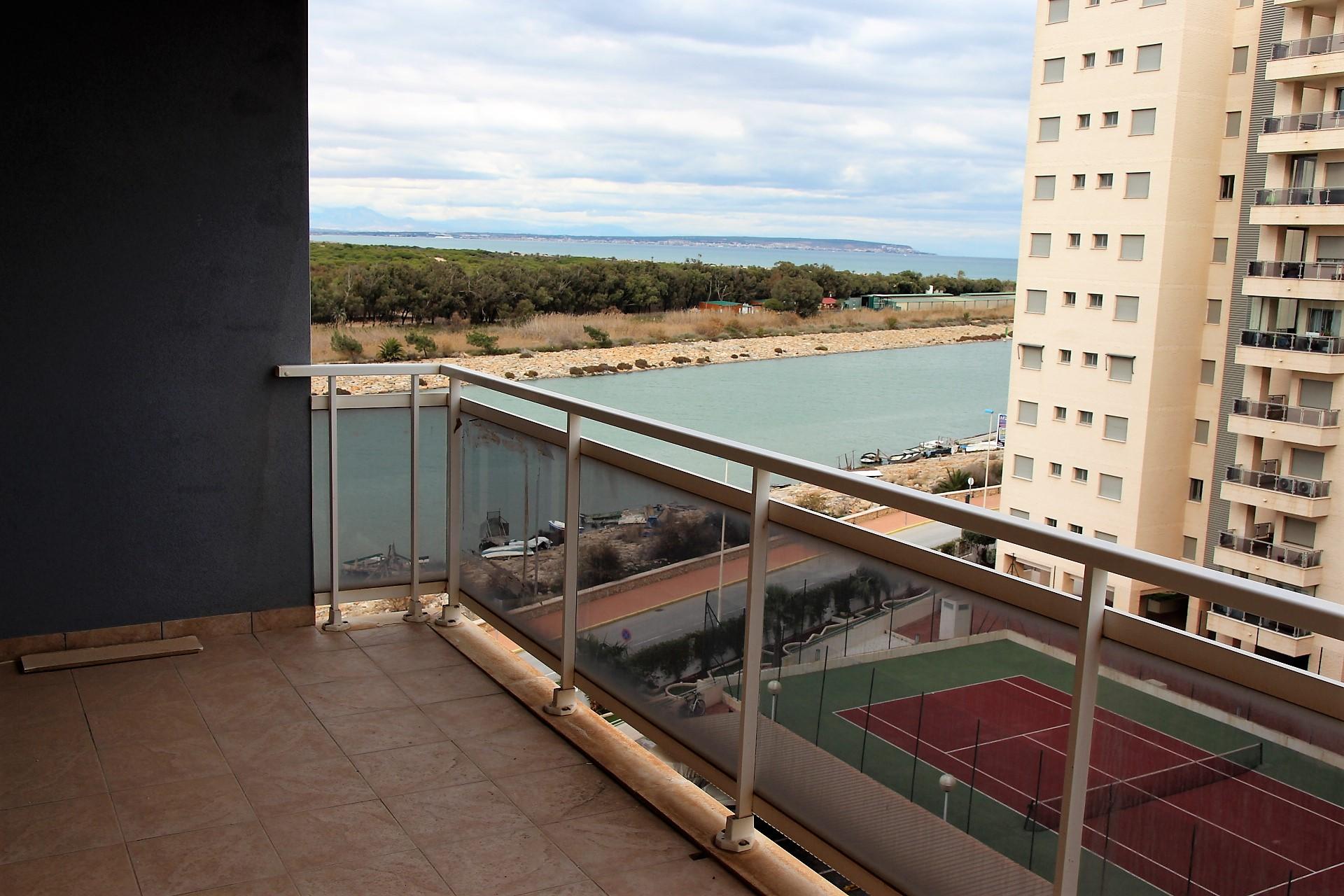 Apartamento de dos habitaciones en Guardamar del Segura, Alicante