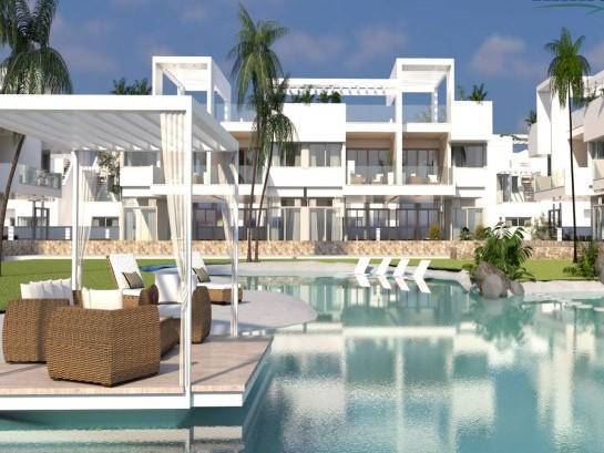 Nuevos bungalows en urbanización cerrada, Los Balcones