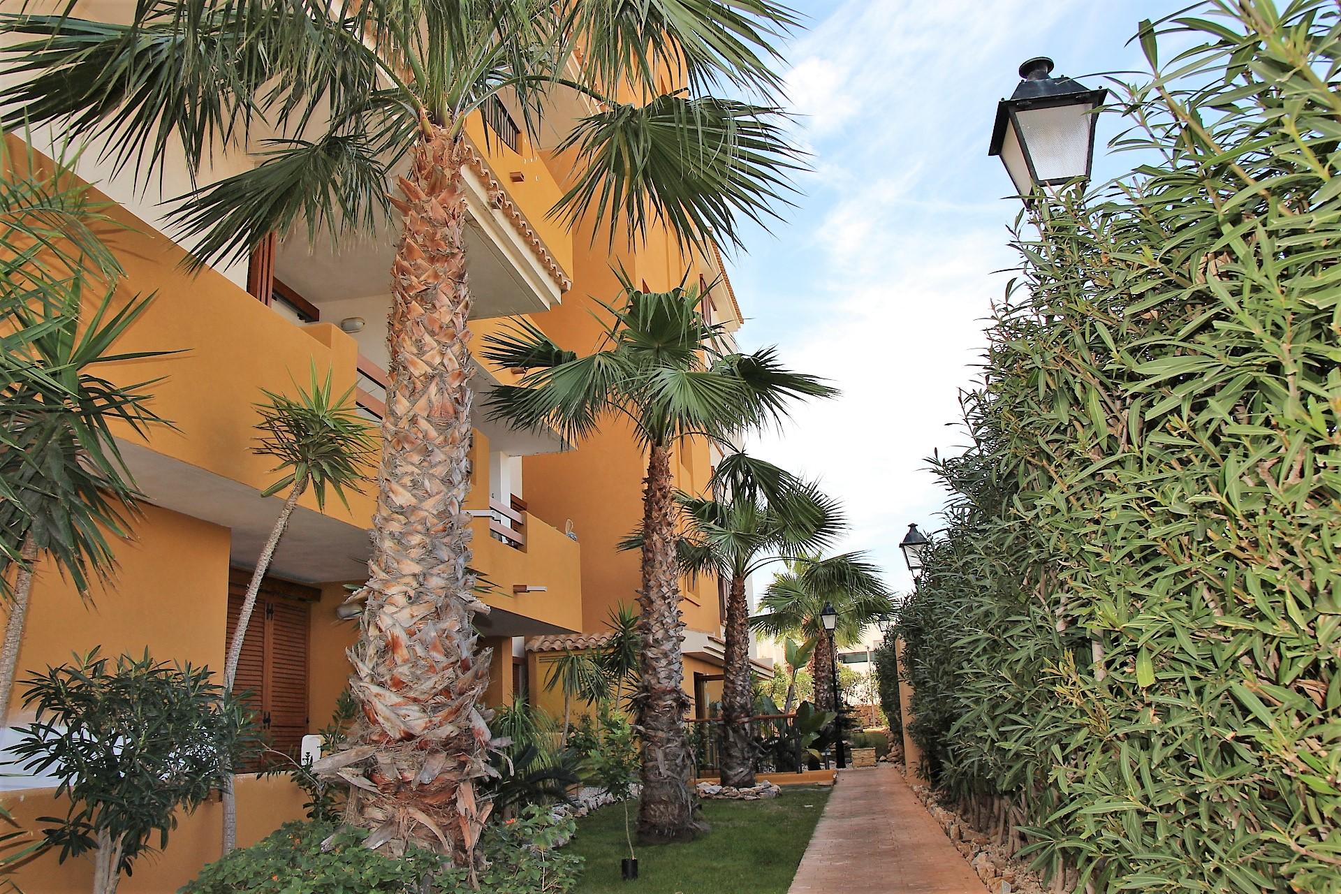 Apartamento en venta en La Recoleta, Punta Prima, Torrevieja