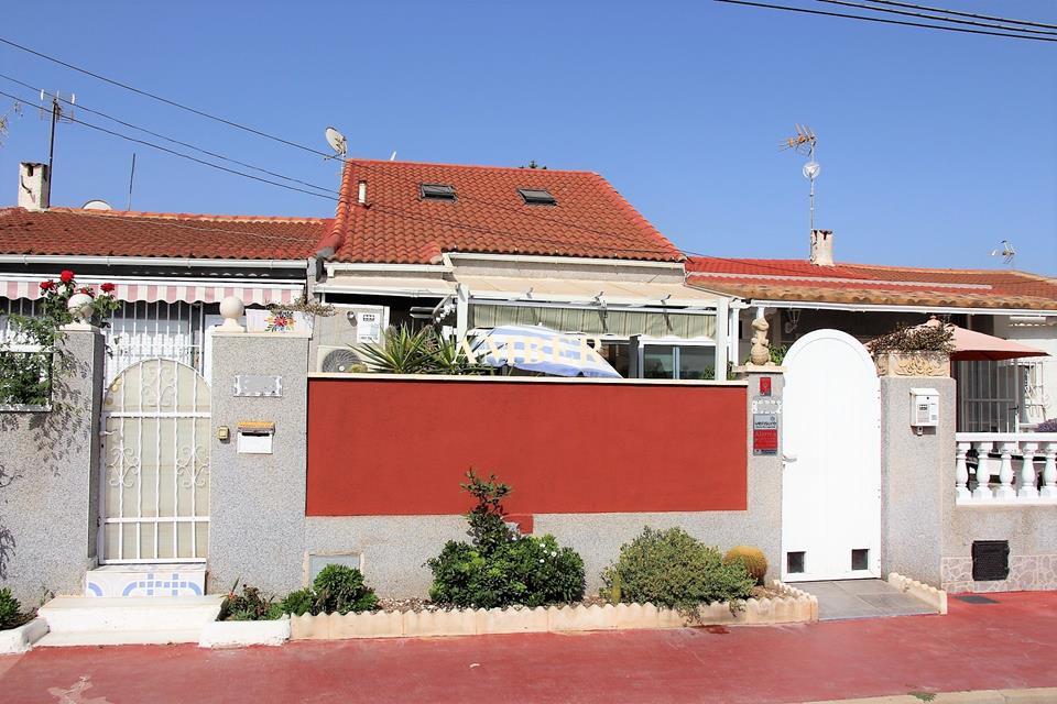 Бунгало на продажу Torreta 2, Torrevieja, Alicante
